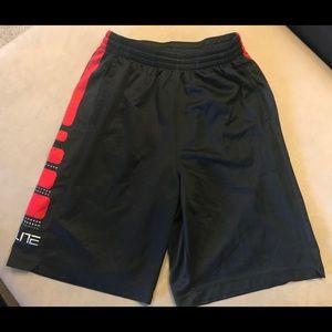 Nike Elite shorts, Youth XL